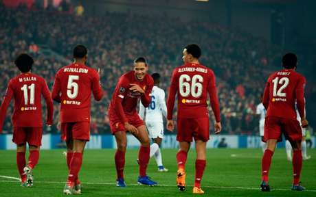 Wijnaldum abriu placar pelos Reds, nesta terça-feira (Foto: OLI SCARFF / AFP)