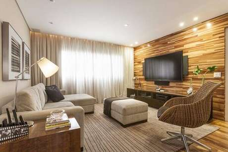 6. Sala de tv com poltrona giratória. Fonte Pinterest