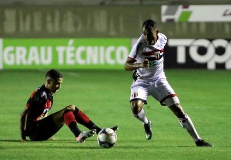 Botafogo-SP volta a vencer na Série B (Foto: Reprodução)
