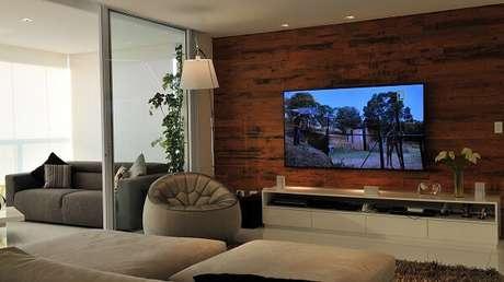 44. Poltronas para sala de tv em formato redondo. Fonte: Pinterest