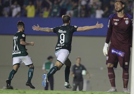 Rafael Moura tem quatro gols nos últimos quatro jogos (Foto: Reprodução/Twitter)