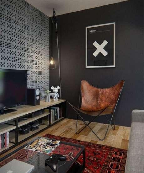 19. Poltronas para sala de tv seguindo decoração industrial. Fonte: Decor & Home Organizer