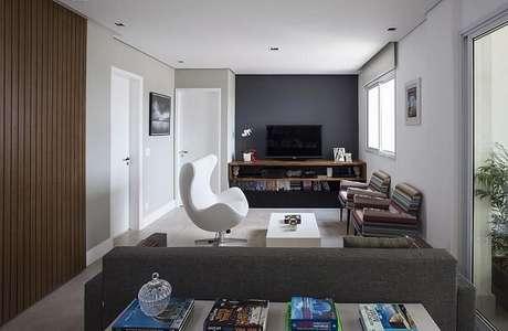 4. Poltronas decorativas para sala de tv. Projeto por Decorare Studio de Arquitetura