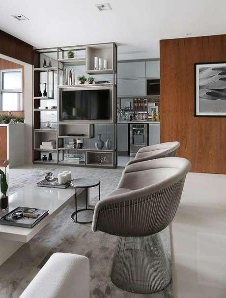 24. Poltronas para sala de tv com design moderno. Fonte: Pinterest