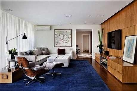 30. Poltronas para sala de tv com descanso para os pés. Fonte: Pinterest