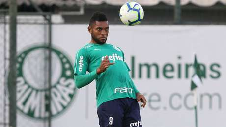 Borja tem jogado pouco e virou a última opção entre centroavantes do Palmeiras (Foto: Cesar Greco)