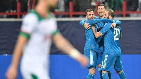 Juventus bateu o Lokomotiv Moscou por 2 a 1 nesta quarta (Alexander NEMENOV/AFP)