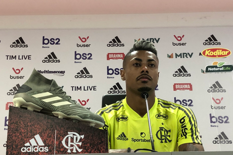 Bruno Henrique concedeu entrevista coletiva nesta quarta-feira (Foto: Reprodução/Twitter)