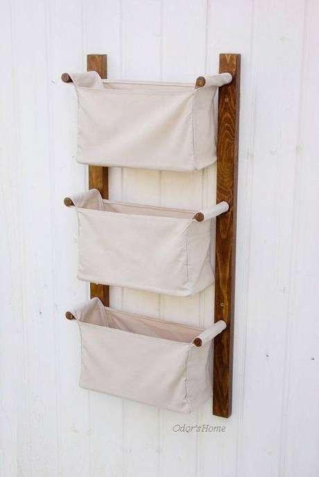 5. O cesto organizador de tecido é vantajoso por se adaptar ao formato dos itens. Foto: Odor's Home