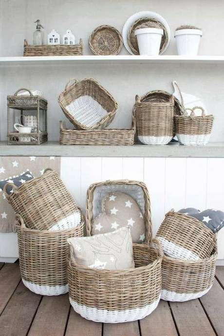 3. É preciso comprar o cesto organizador ciente da própria bagunça. Foto: Anthropologie