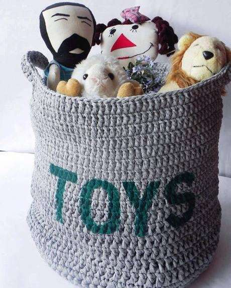 31. São muitos os modelos de cesto organizador de brinquedo. Foto: Elo7