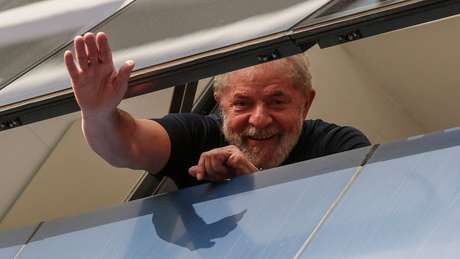 O ex-presidente Luiz Inácio Lula da Silva em foto de 2018; julgamento no STF pode abrir caminho para soltura de milhares de presos, mas caso do petista simboliza - e torna mais sensível - a pauta