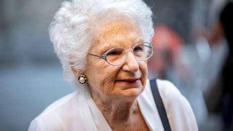 Liliana Segre relatou ter recebido cerca de 200 mensagens de ódio por dia