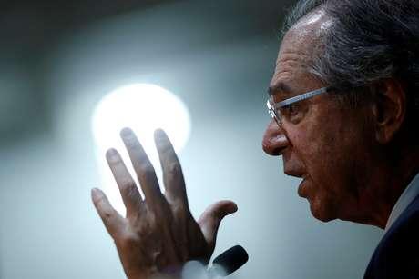 Guedes fala durante entrevista coletiva em Brasília 5/11/2019 REUTERS/Adriano Machado