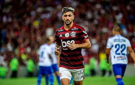 Arrascaeta está fora do clássico no Nilton Santos (Foto: Marcelo Cortes / Flamengo)