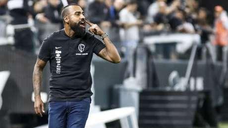 Coelho elogiou muito os jogadores ao fim da partida (Rodrigo Gazzanel/RM SPORTS IMAGES/Lancepress!)