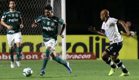 Matheus Fernandes durante a vitória do Palmeiras sobre o Vasco (Foto: Cesar Greco)