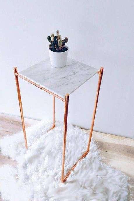 6. Existem modelos pequenos de mesa de mármore. Foto: Luxo Quarto