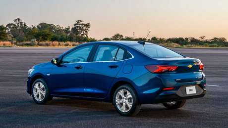 Chevrolet Onix Plus: vendas interrompidas até a solução total do problema.