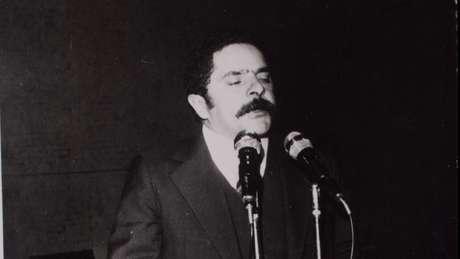 Posse de Lula na presidência do Sindicato dos Metalúrgicos do ABC, em 1978, dois anos antes da prisão