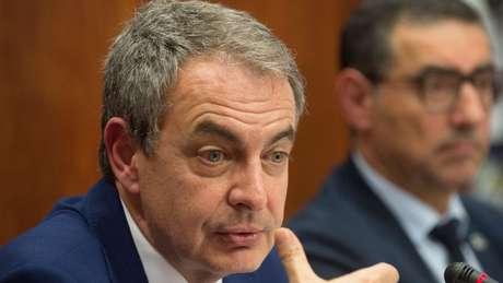 A crise econômica aconteceu durante o governo socialista de Zapatero, causando um colapso eleitoral em 2008