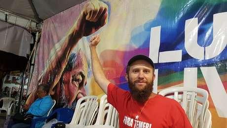 'Cheguei aqui no terceiro dos 579 dias do acampamento e não é agora que vou desistir', diz Inácio Sadovski