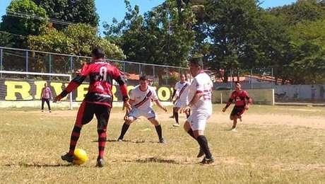 Jogo amador disputado na várzea tenta manter rivalidade viva no Piauí