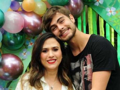 Rafael Vitti homenageou a filha, Clara Maria, de menos de um mês, com tatuagem: 'Papai ama, papai cuida'