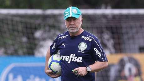 Mano Menezes comandou o último treino antes do Derby (Foto: Divulgação/SEP)
