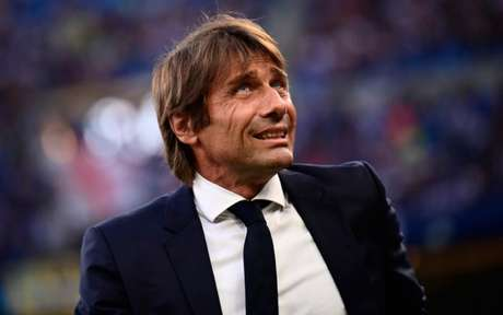 Antonio Conte saiu enfurecido da última partida da Internazionale (Foto:MARCO BERTORELLO / AFP)