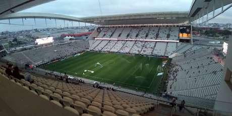 Corinthians e Caixa teriam chegado a um acordo com as parcelas atrasadas (Foto:Gabriel Santos)