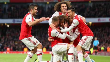 Arsenal quer se aproximar do G4 (Foto: Divulgação Twitter)
