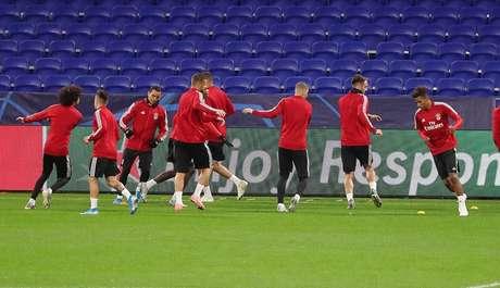 Benfica busca permanecer na ponta do campeonato nacional (Foto: Reprodução/Facebook)