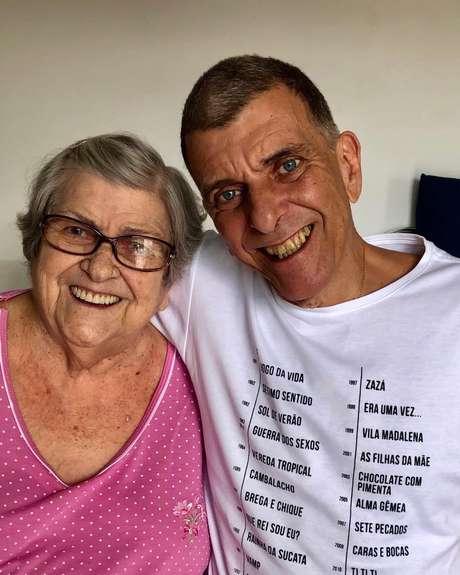 Dona Hilda e Jorge Fernando, diretor da Globo que morreu de parada cardíaca no último dia 28.