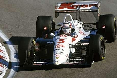 """""""Não é fácil, aos 40, manter o mesmo ritmo de um piloto de 23. Por isso o Mansell chegou na Indy e ganhou tudo. Lá a média de idade é muito alta."""""""
