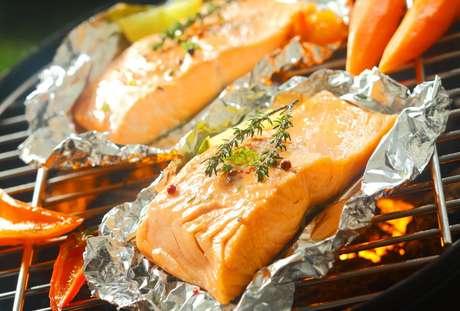 Confira os melhores peixes para assar na brasa