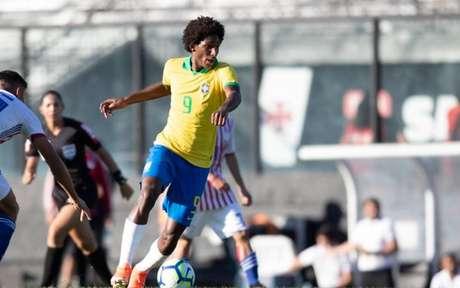 Talles Magno foi destaque do time profissional do Vasco e da Seleção Brasileira Sub-17 (Foto: Lucas Figueiredo/CBF)