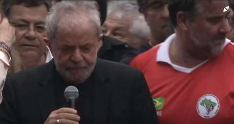 Lula prometeu fazer uma manifestação contra a Globo assim que deixasse a cadeia