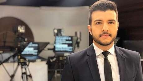 """Primeiro gay assumido no 'JN', Matheus Ribeiro se diz parte da """"evolução"""" da sociedade"""