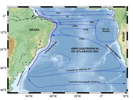 Mapa das correntes marítimas no Atlântico Sul: Corrente Sul Equatorial se divide em quatro ramos e corre da África até o Brasil e, ao chegar ao litoral brasileiro, na altura da Paraíba, se bifurca