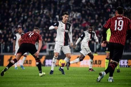 Cristiano Ronaldo passou em branco no milésimo jogo da carreira (Marco Bertorello/AFP)