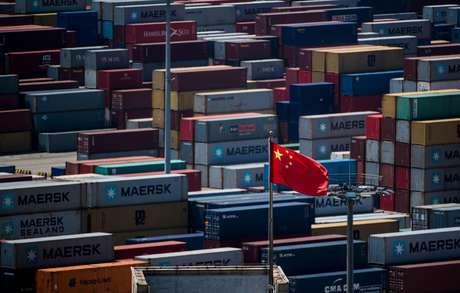 Guerra comercial entre China e EUA é a principal ameaça ao crescimento econômico mundial