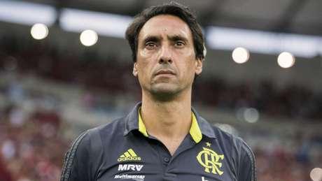 Na ausência de Jorge Jesus, João de Deus estreou como técnico no Flamengo (Foto: Alexandre Vidal/Flamengo)
