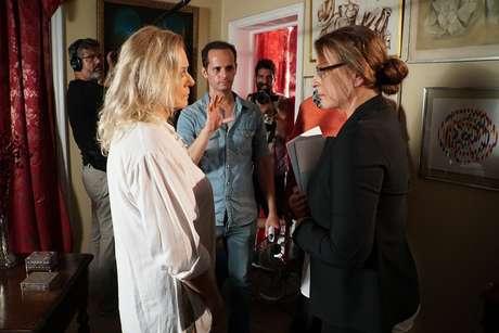 Vera Fischer a Sonia Clara Ghivelder são dirigidas por Daniel Ghivelder no set