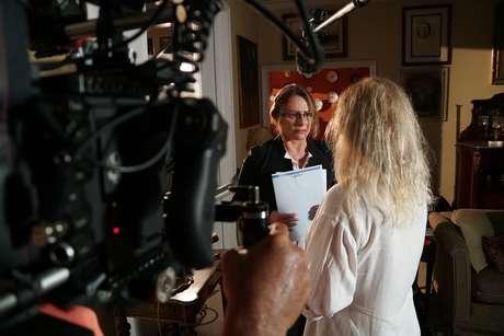 Famosa por atuar em novelas, Sonia Clara Ghivelder também faz seu retorno ao cinema em 'Quase Alguém'