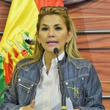 Jeanine Áñez, nova presidente interina da Bolívia