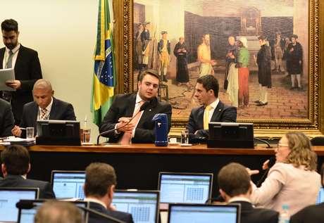 O deputado Alex Manente (à direita), do CIDADANIA-SP, ao lado do presidente da CCJ da Câmara, Felipe Francichini,(PSL-PR)