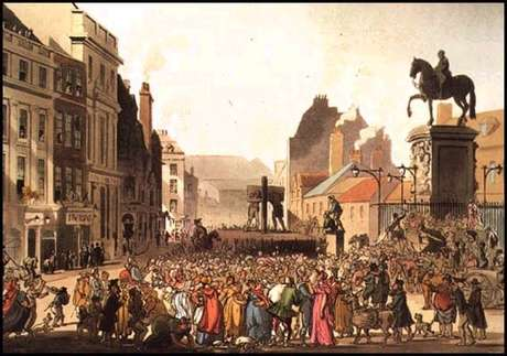 Multidão assistindo um castigo.