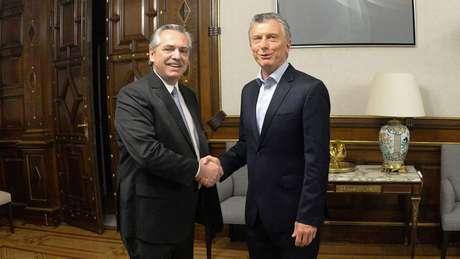 O presidente eleito da Argentina, Alberto Fernández, pediu a Mauricio Macri que condene o que classifica como golpe na Bolívia
