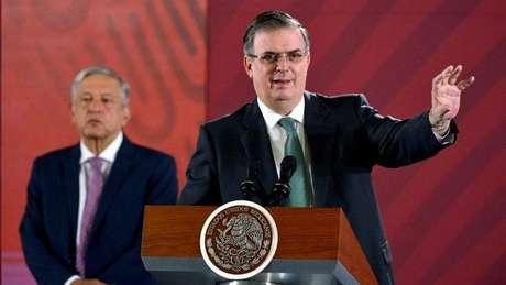 Apoiado pelo presidente Andrés Manuel López Obrador, o chanceler mexicano Marcelo Ebrard chamou o que aconteceu na Bolívia de golpe